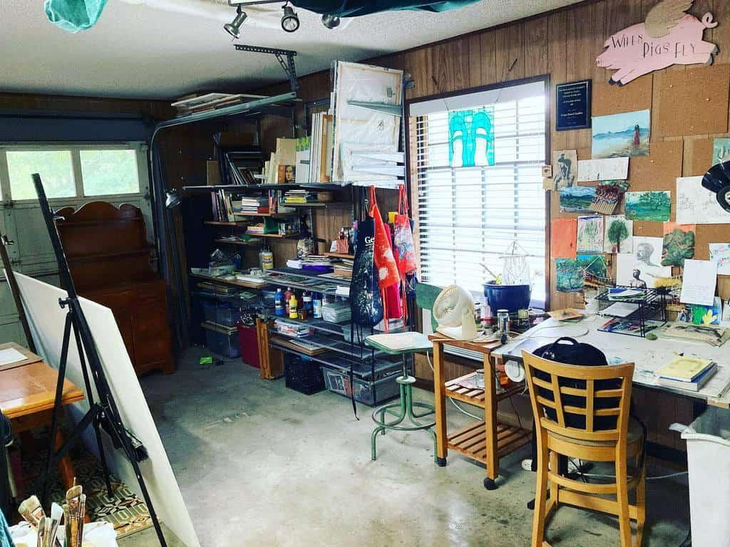 Garage Art Studio Ideas -gena.destri