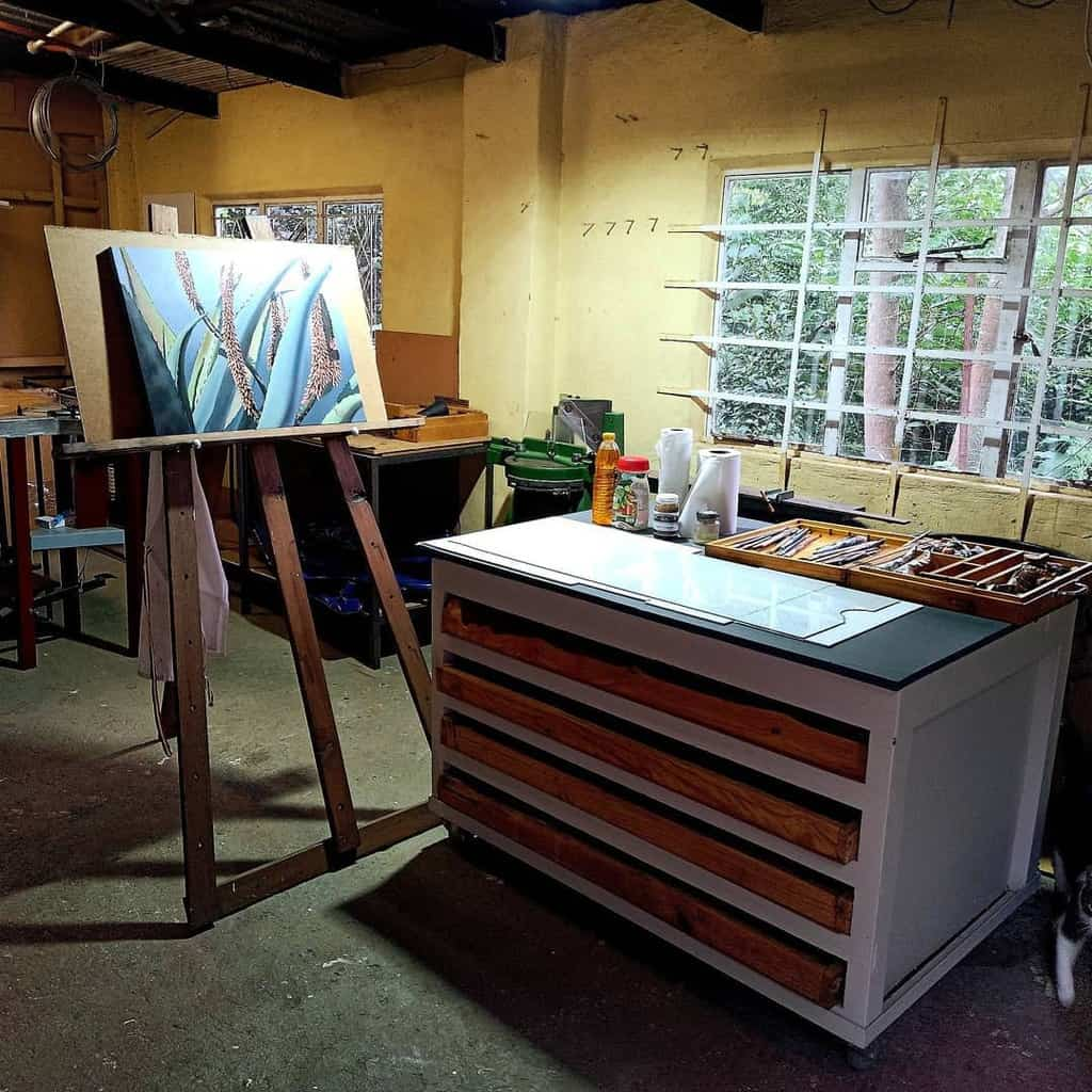 Garage Art Studio Ideas -tessreidart