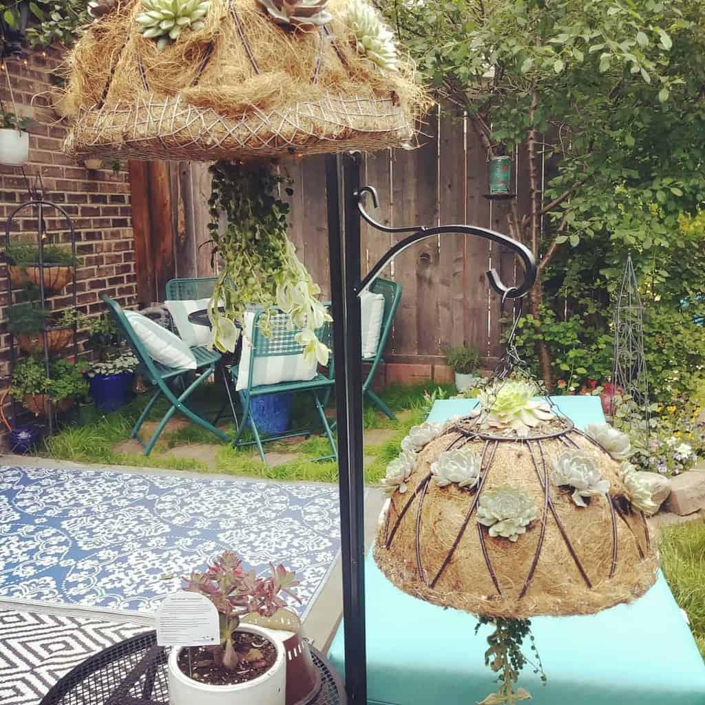 Hanging Succulent Garden Ideas -tutusmama