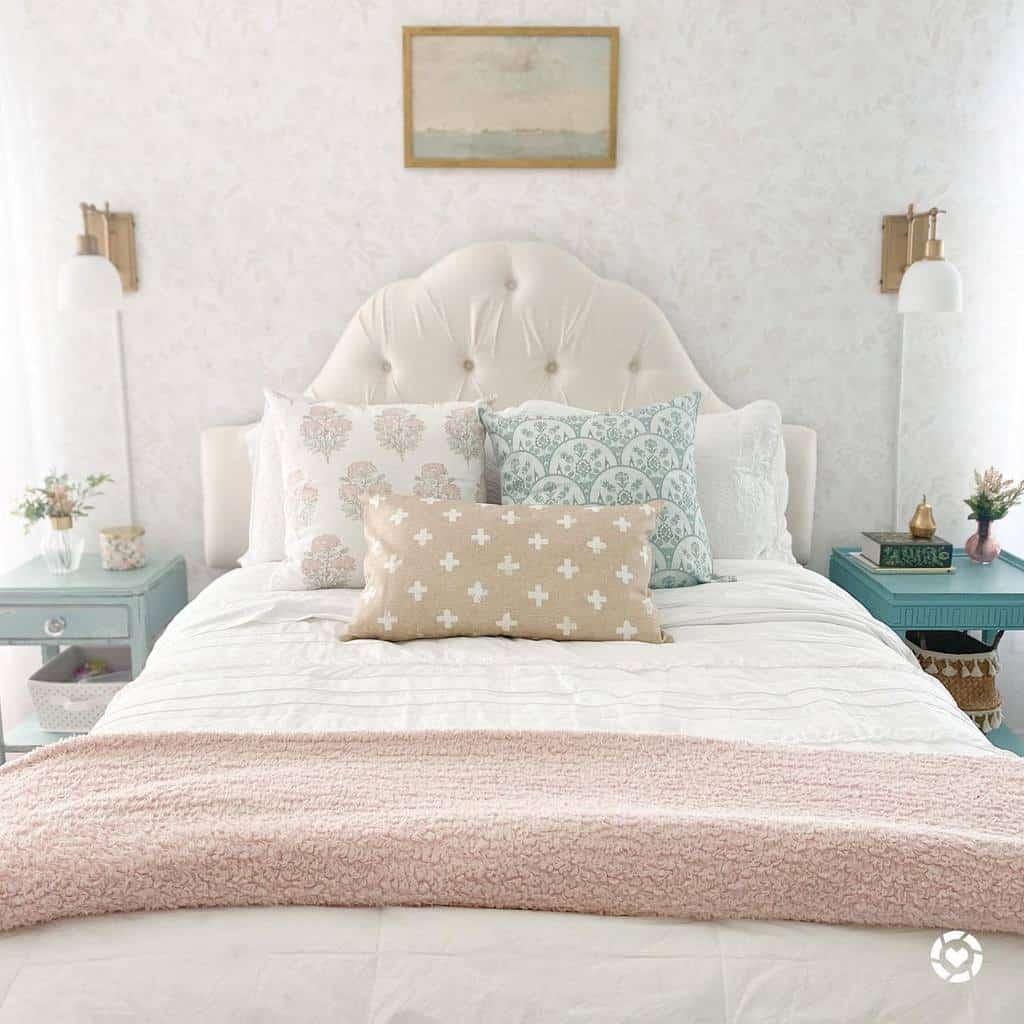 Headboards Coastal Bedroom Ideas -coastal_cass
