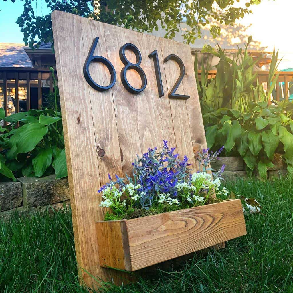 House Number Ideas with Planter -halfmoonhomedesign
