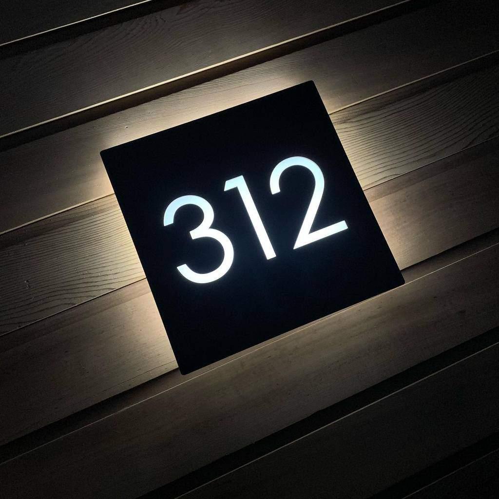 Illuminated House Number Ideas -kreativ_designco