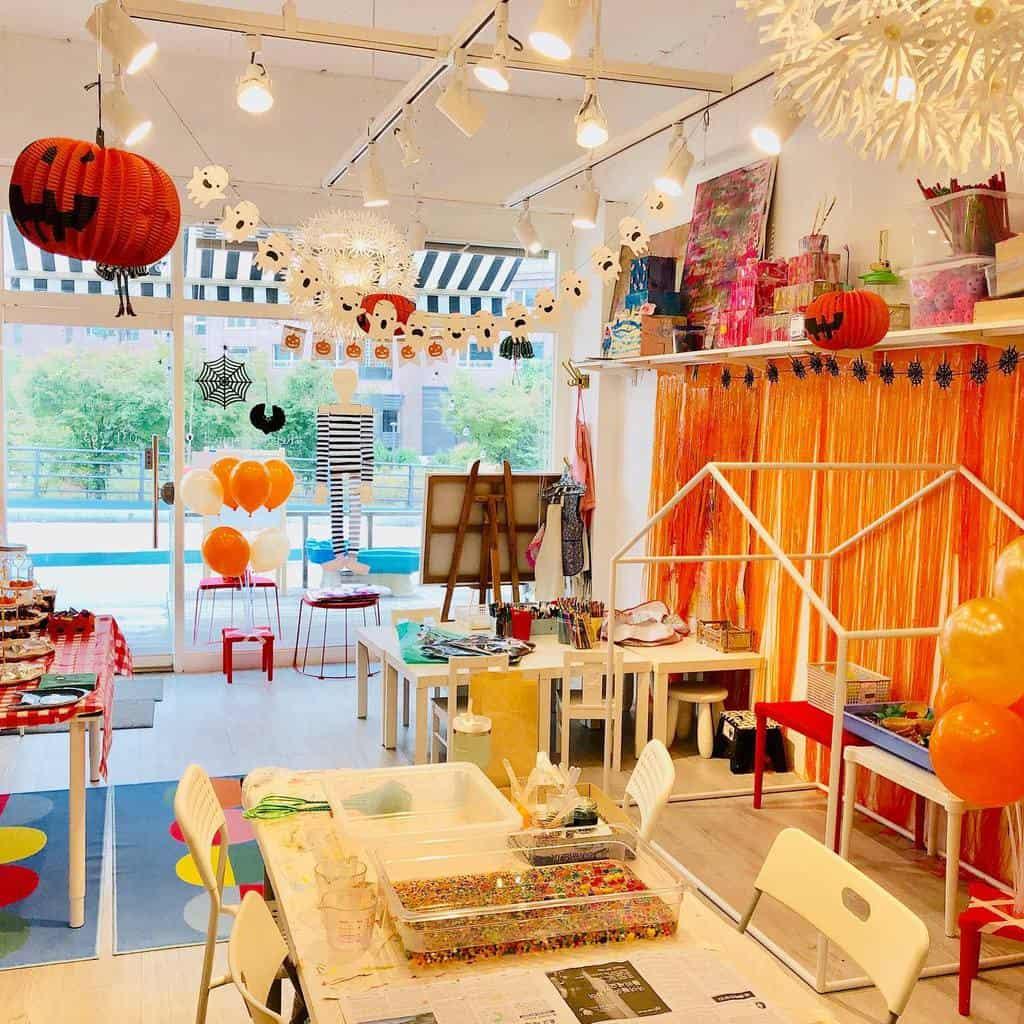 Kids Art Studio Ideas -thelittleforestart