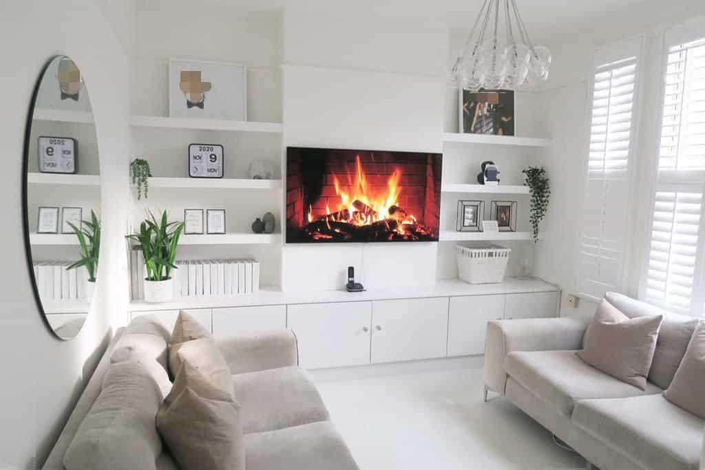 Livingroom Floating Shelves Ideas -hellohouse_uk