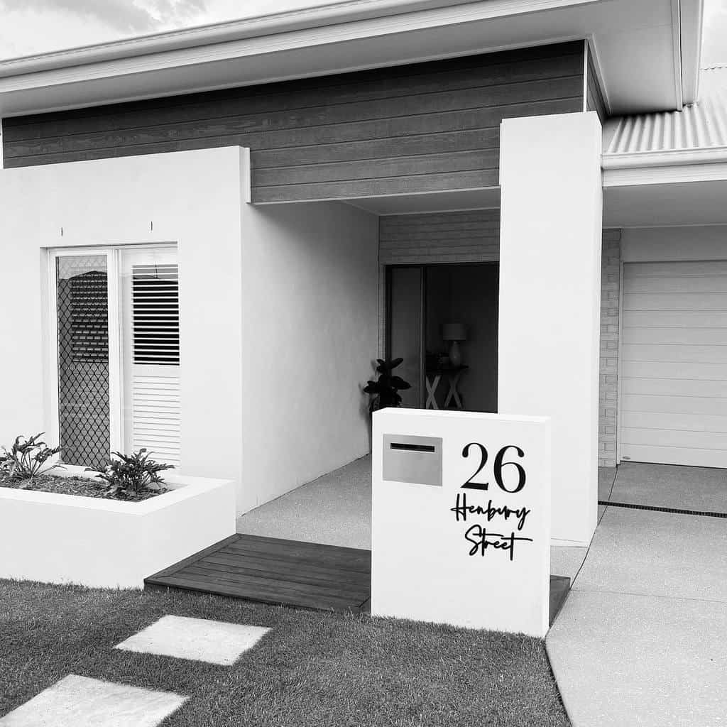 Mailbox House Number Ideas -ourburbankbuild_hampshire238