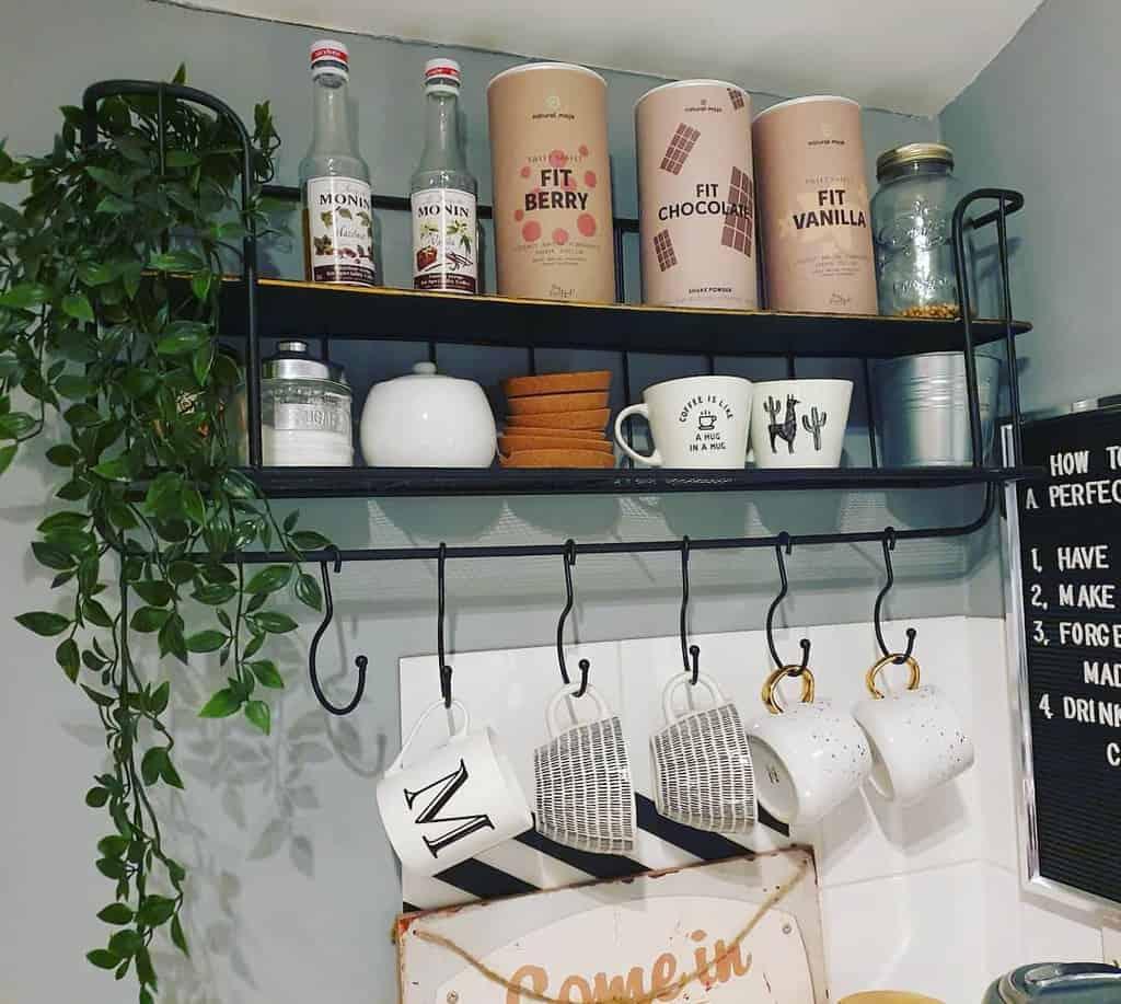 Metal Kitchen Shelf Ideas -_monika_mona_