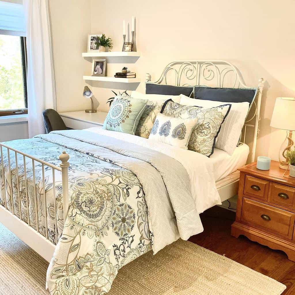 Modern Coastal Bedroom Ideas -christina_k_designer