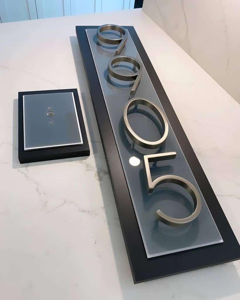 Modern House Number Ideas 2 -3crowns_design