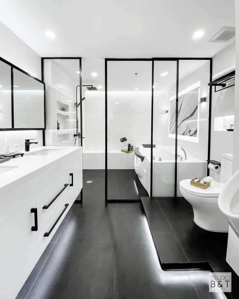 Modern Wet Room Ideas -studio.btdesigns