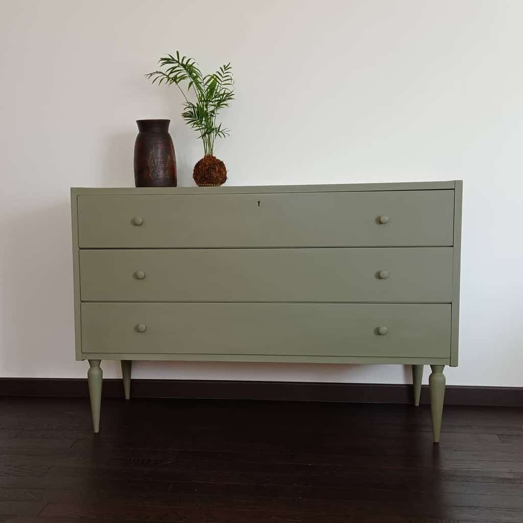 Neutral Chalk Paint Furniture Ideas -donnenrica