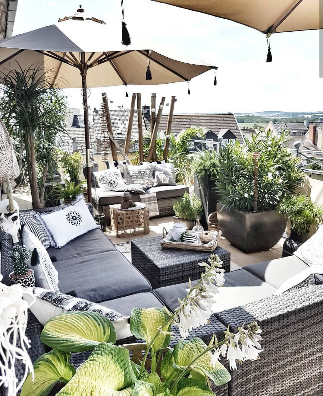 Canvas Outdoor Shade Ideas -belliwood_living