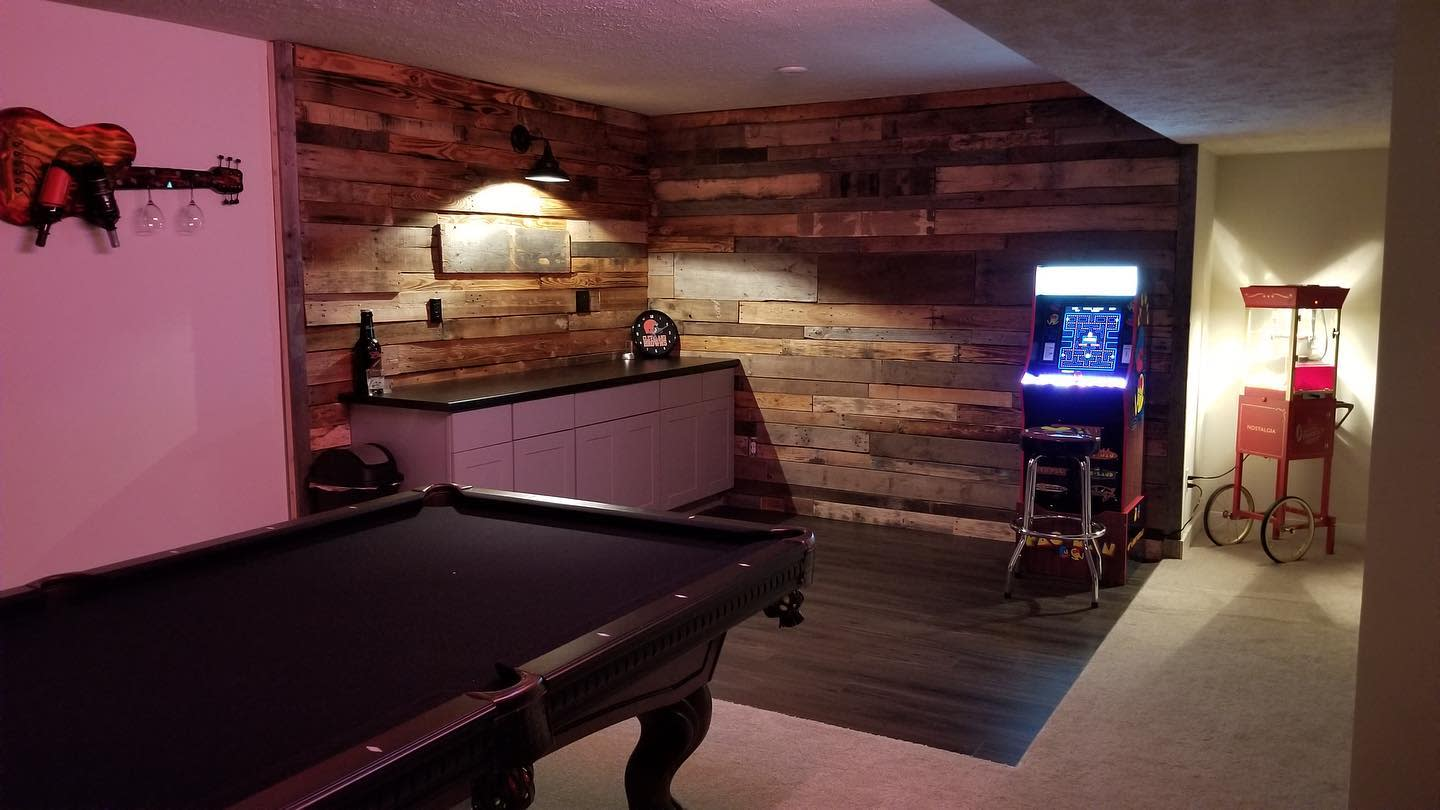 Bar Pallet Wall Ideas -redfoxreclaiming