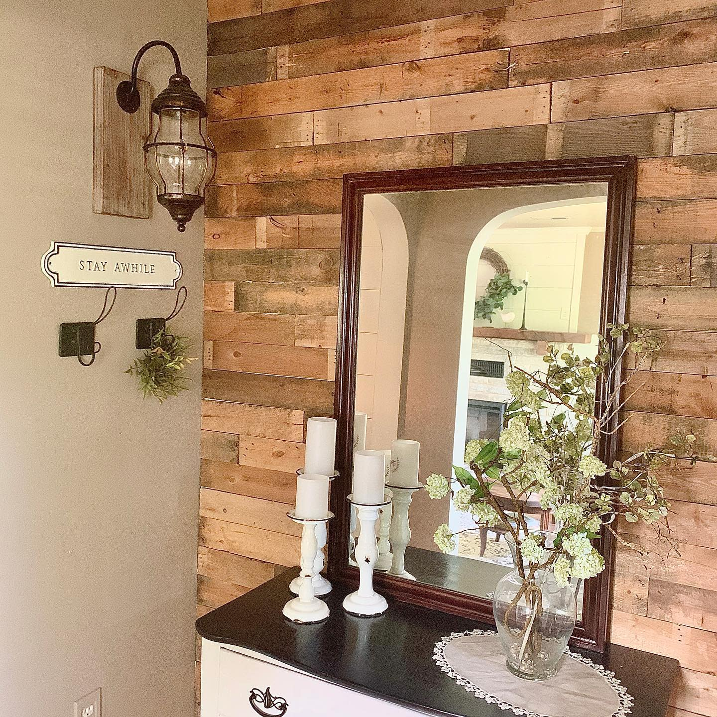 DIY Pallet Wall Ideas -the_oldmill_home