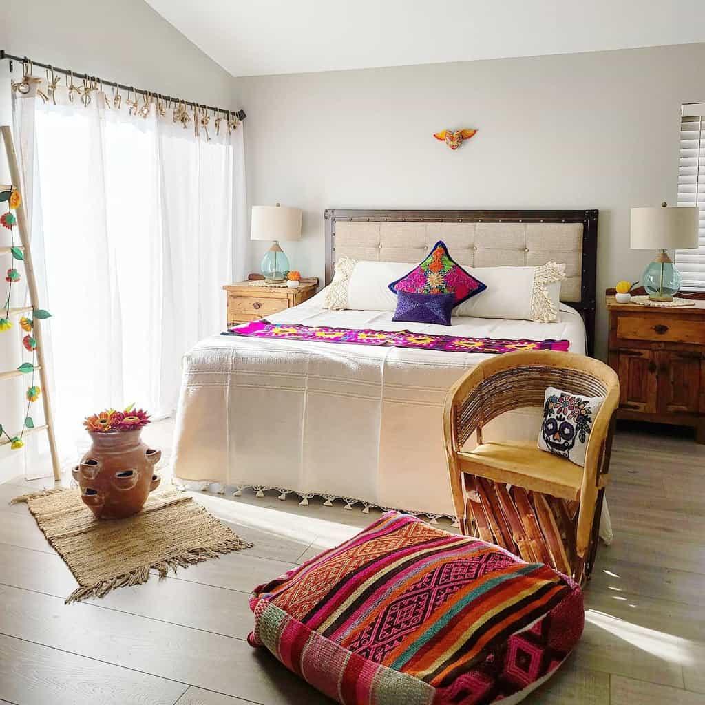Rustic Coastal Bedroom Ideas -solunapazdesign