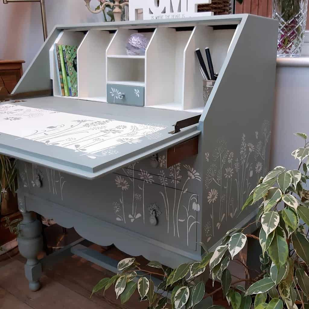 Stencil Chalk Paint Furniture Ideas -upcycle_arcade