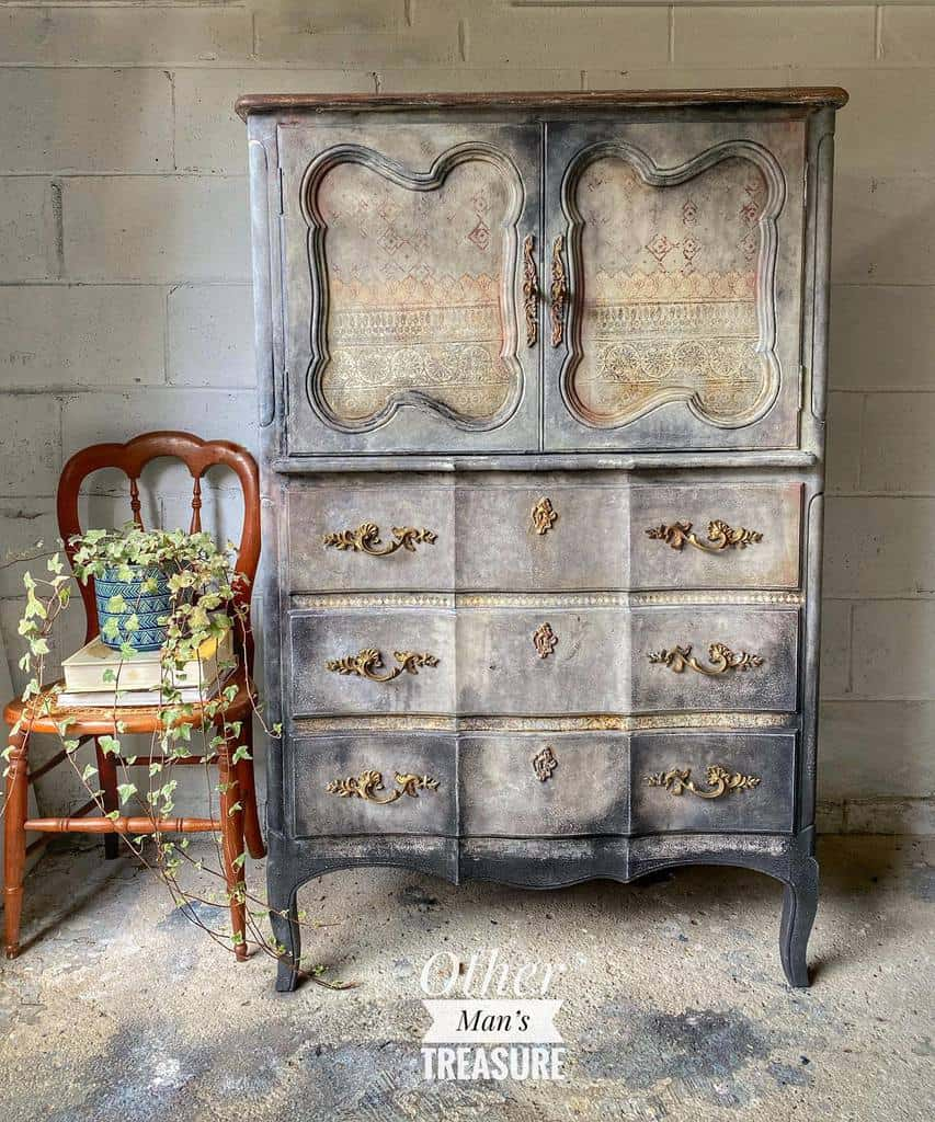 Unique Chalk Paint Furniture Ideas -othermanstreassure