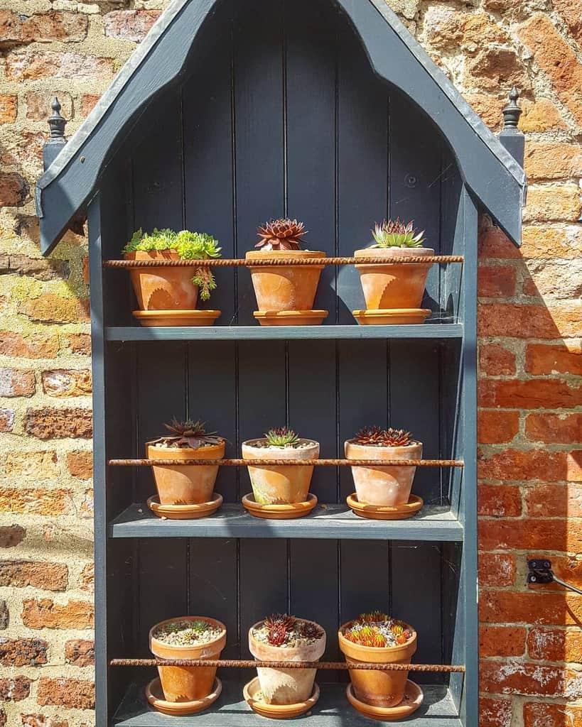 Vertical Succulent Garden Ideas -redesigningno.34