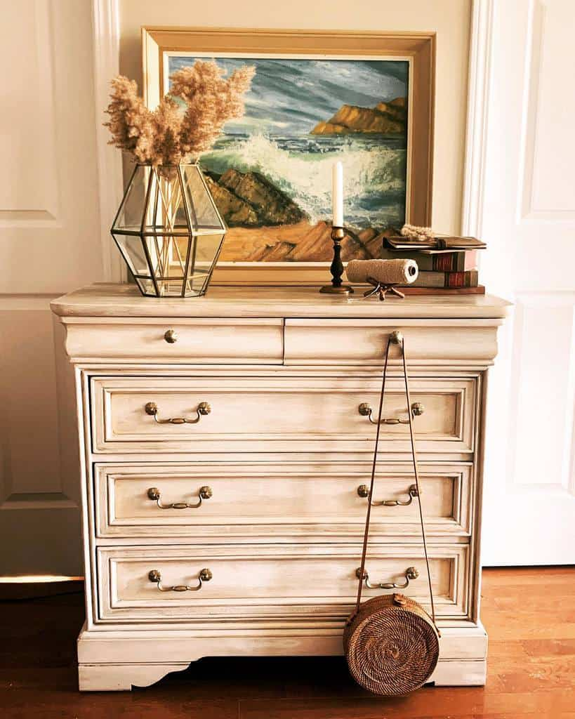 Vintage Chalk Paint Furniture Ideas -ayeshagelahi