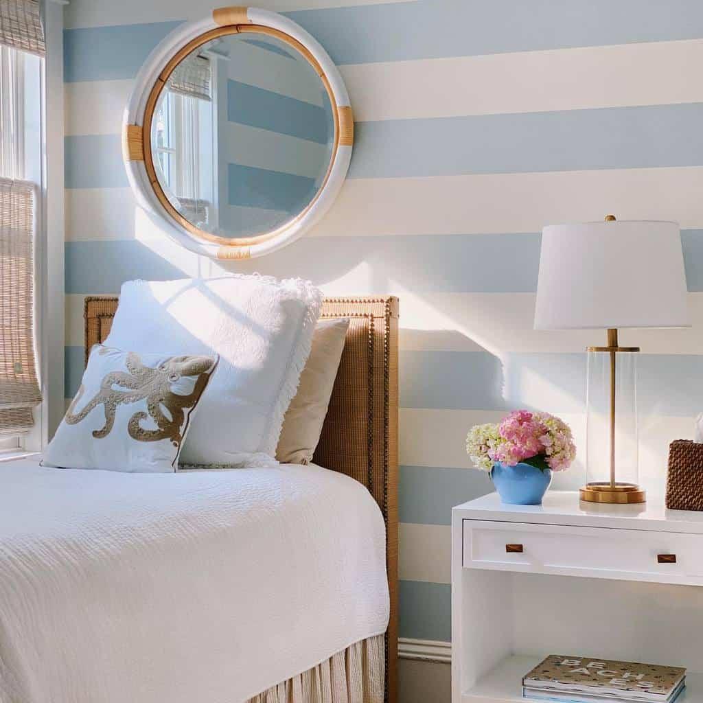 Wall Coastal Bedroom Ideas -barbarastraubinteriors