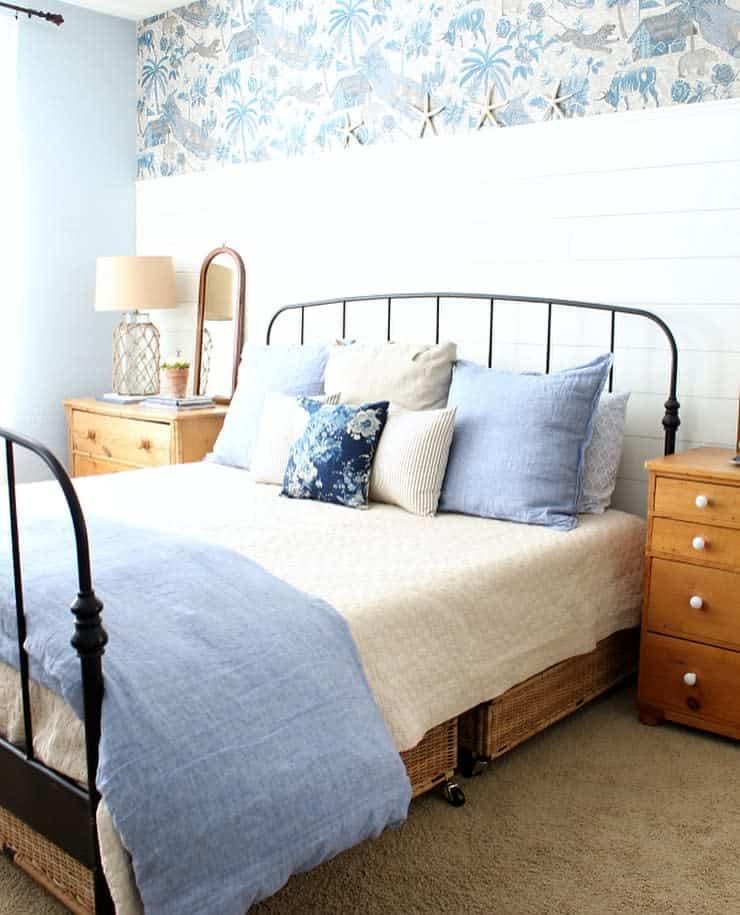 Wall Coastal Bedroom Ideas -thetatteredpew