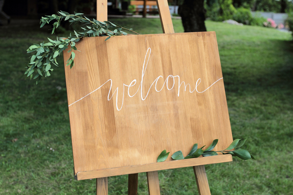 DIY Welcome Sign Ideas 1