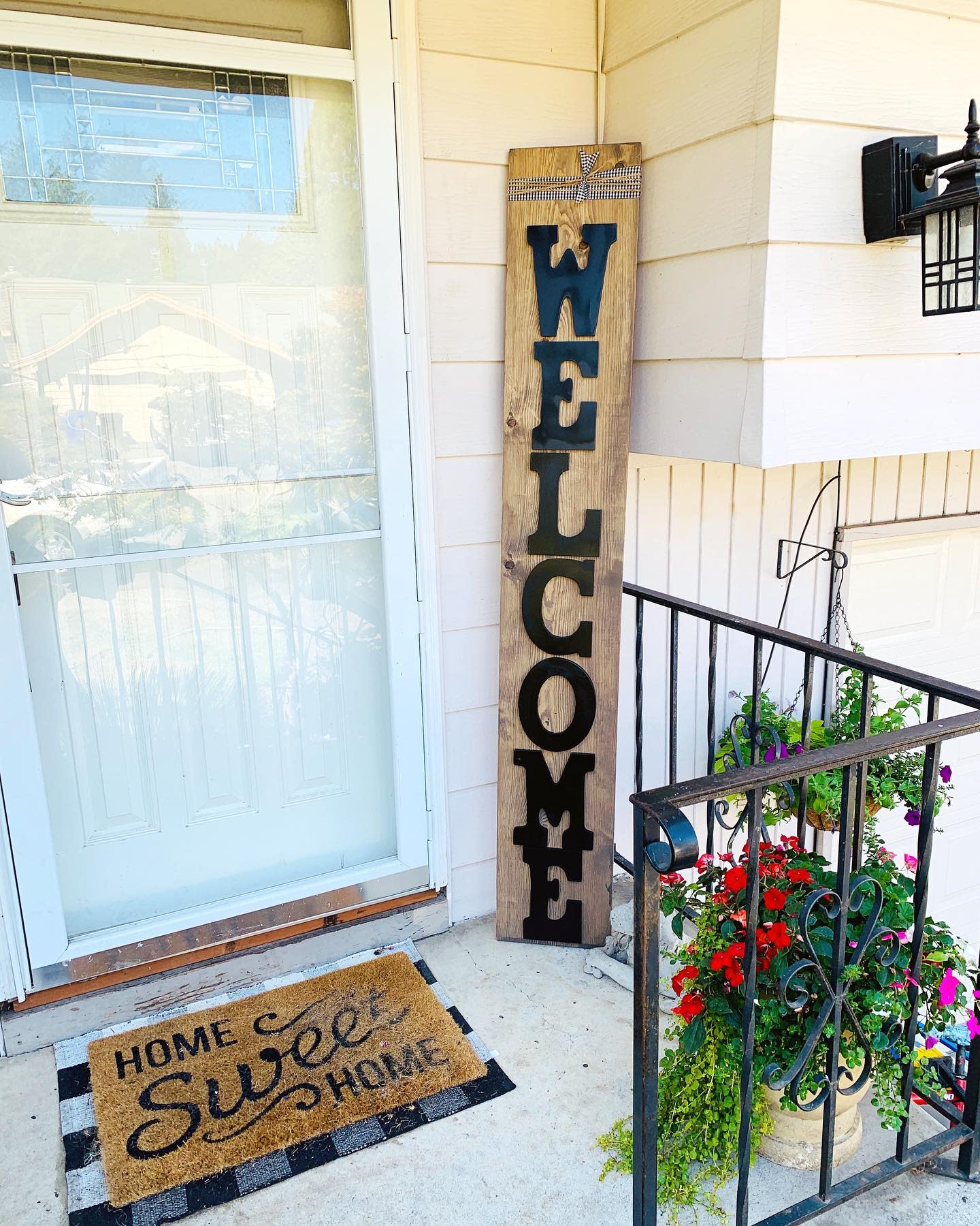 Rustic Welcome Sign Ideas -mymixof6