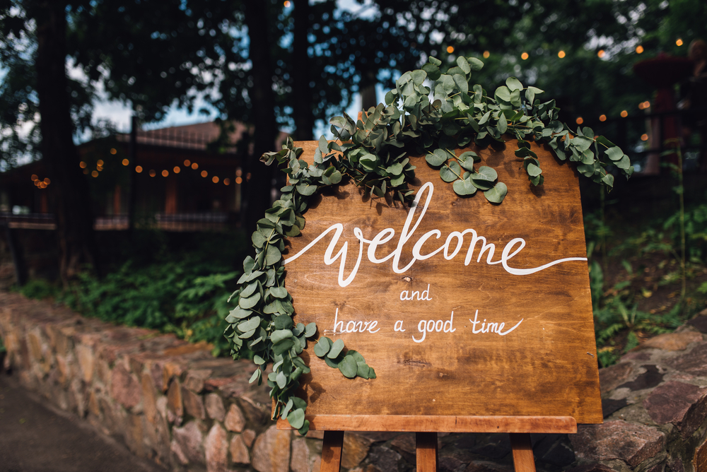 Wood Welcome Sign Ideas 2