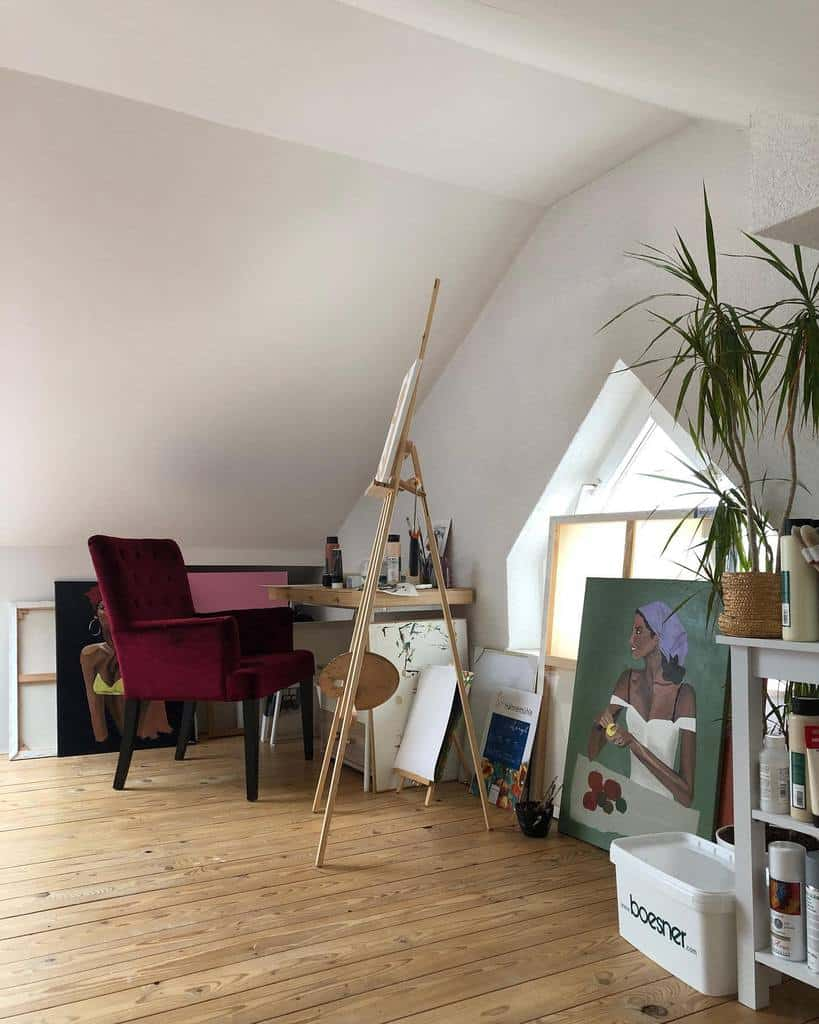 White Art Studio Ideas -selinaseart