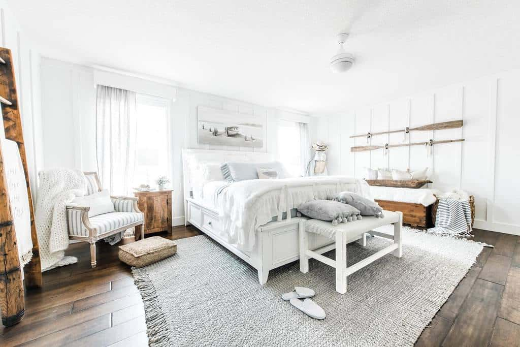 White Coastal Bedroom Ideas -yourhome.yourstory