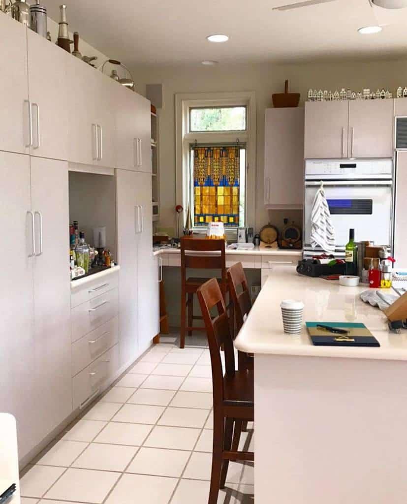White Kitchen Shelf Ideas -emg_charleston