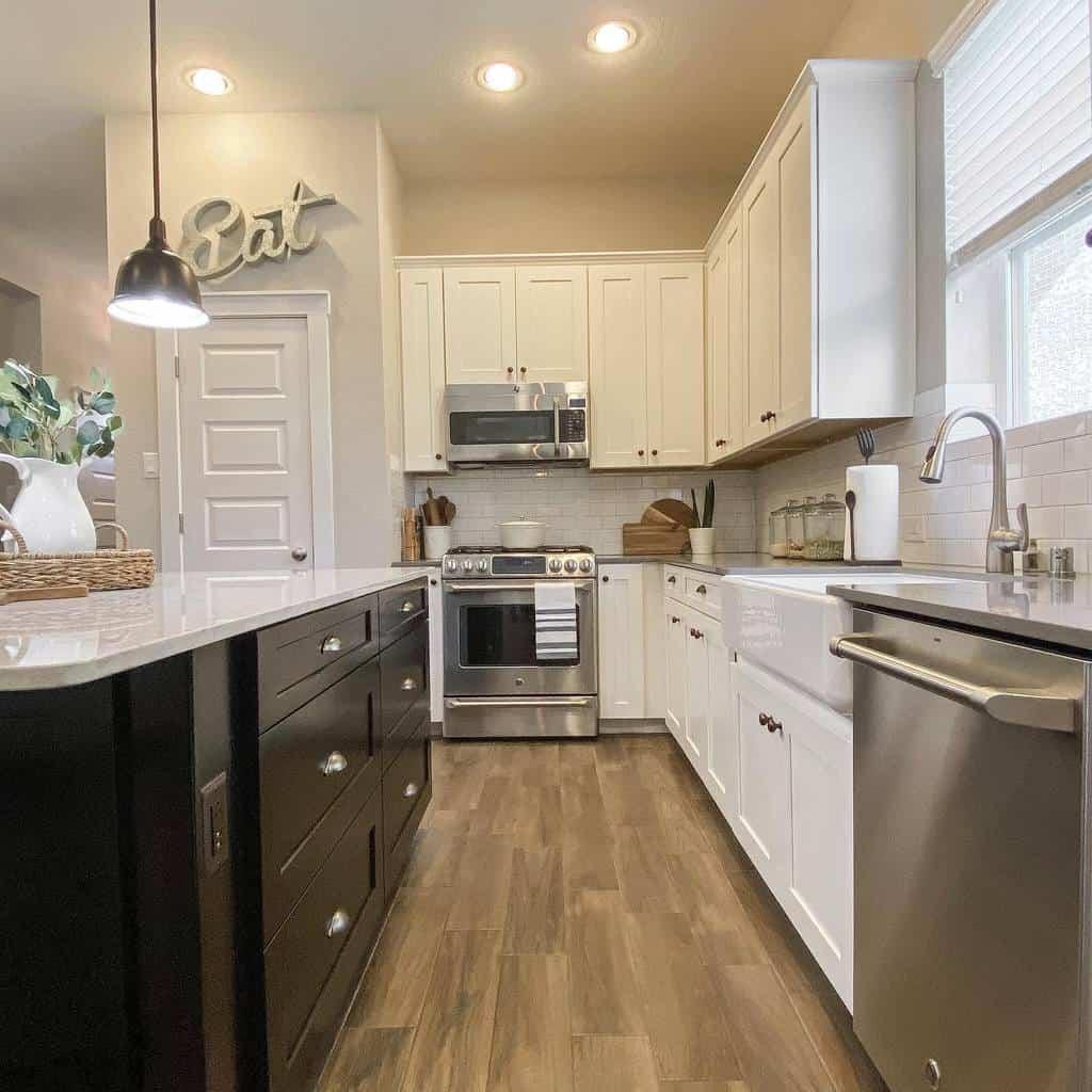 White Kitchen Shelf Ideas -my.favorite.place