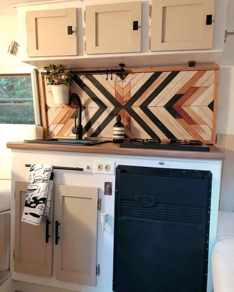 Wooden Countertop Ideas -beautheboler