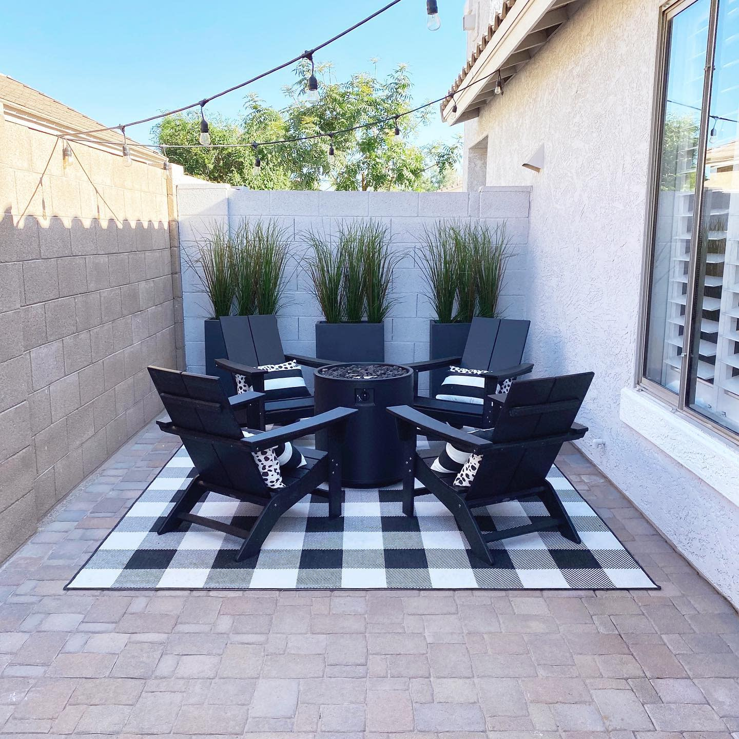 Patio Backyard Ideas on a Budget -findhomesweetazhome