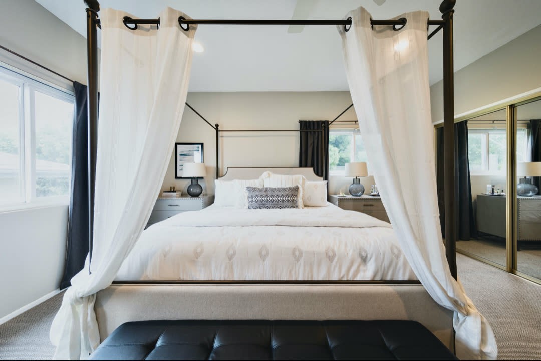 Modern Canopy Bed Ideas -dtc_concepts