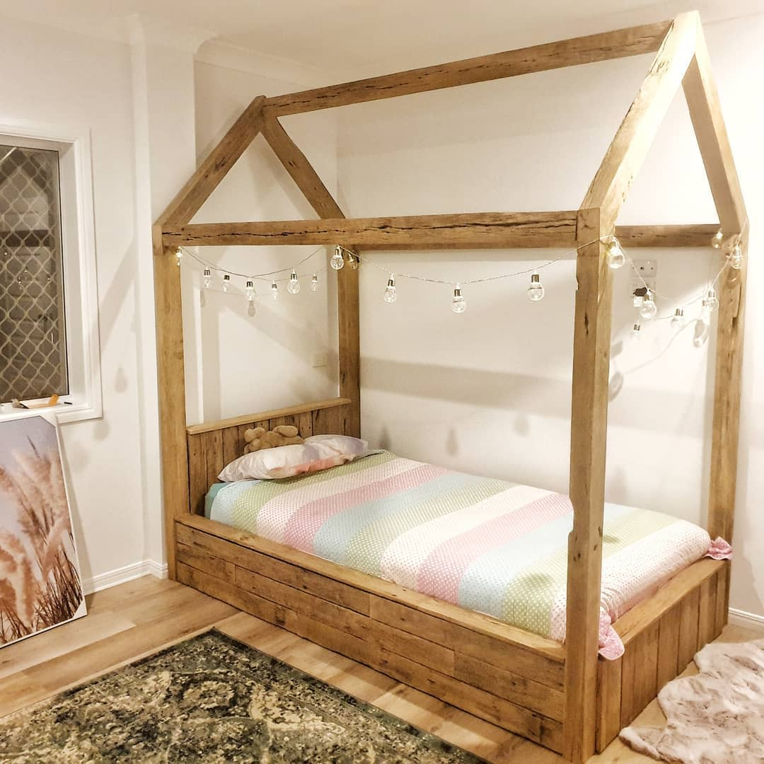 Rustic Canopy Bed Ideas -earthydesignz