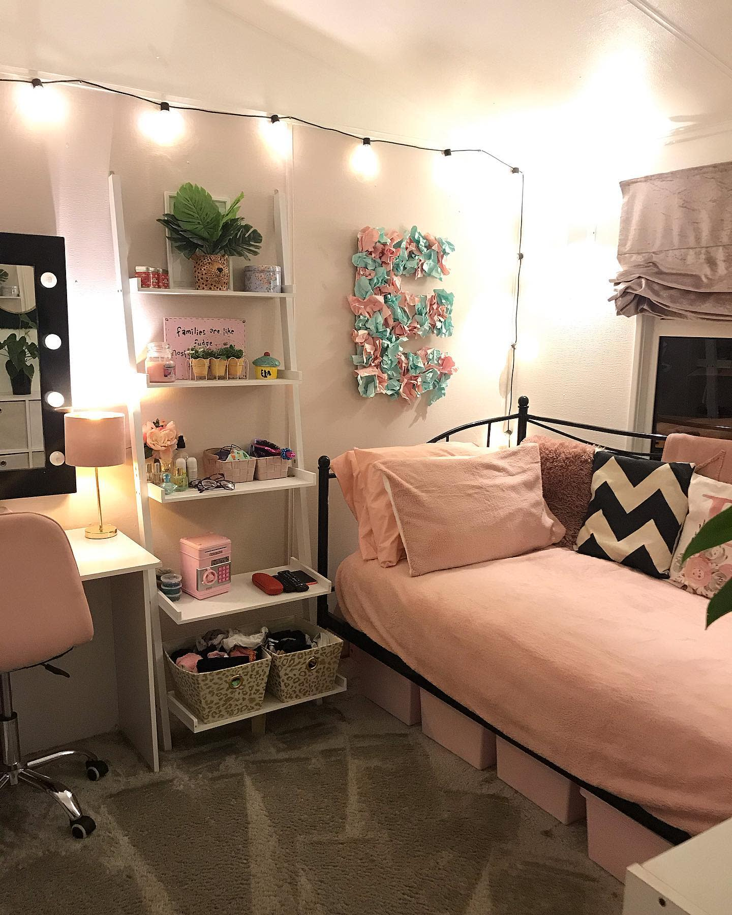 Metal Daybed Ideas -copperchalet19_