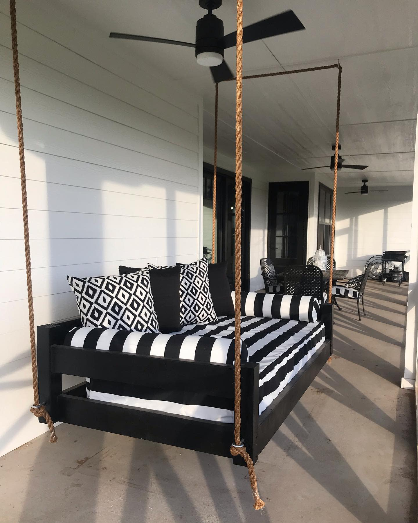 Swing Daybed Ideas -courtneywooddesigns