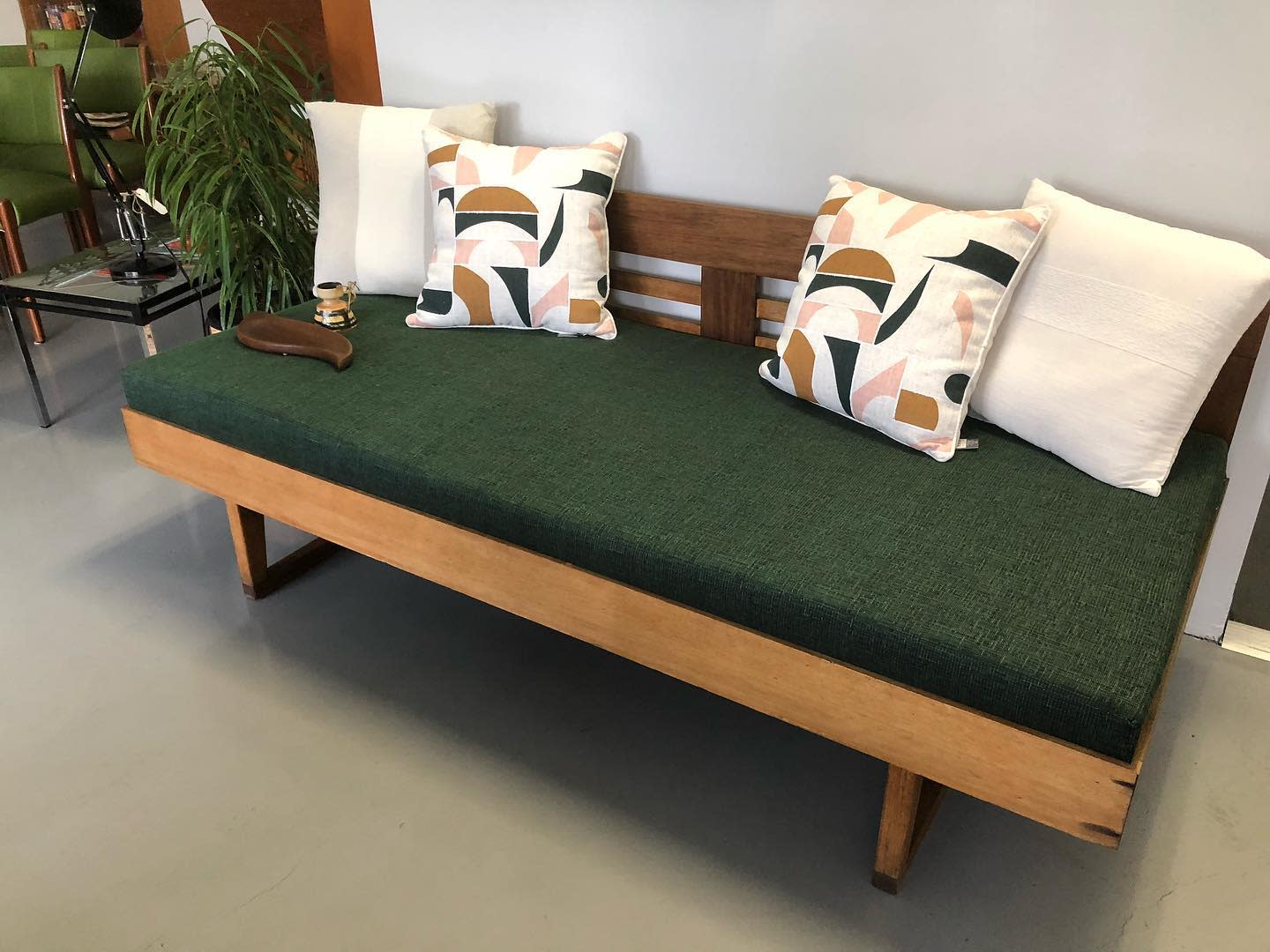 Wood Daybed Ideas -retroroomadelaide