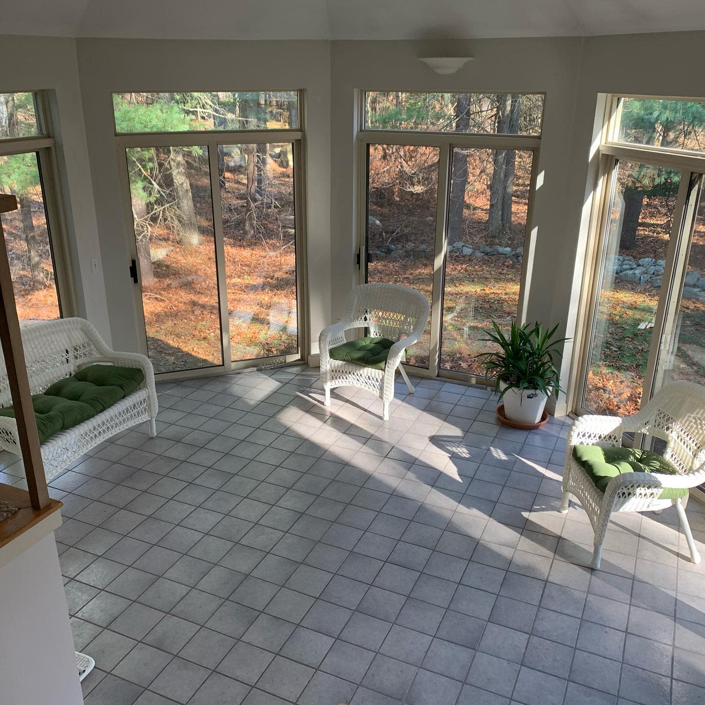 Sunroom Florida Room Ideas -the_unknown_asian_powerlifter