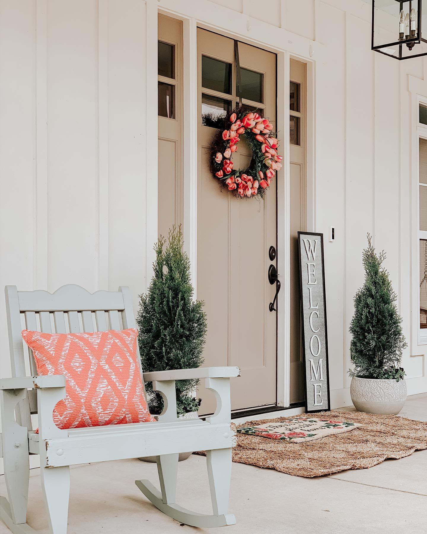 Neutral Front Door Color Ideas -southernsurroundings