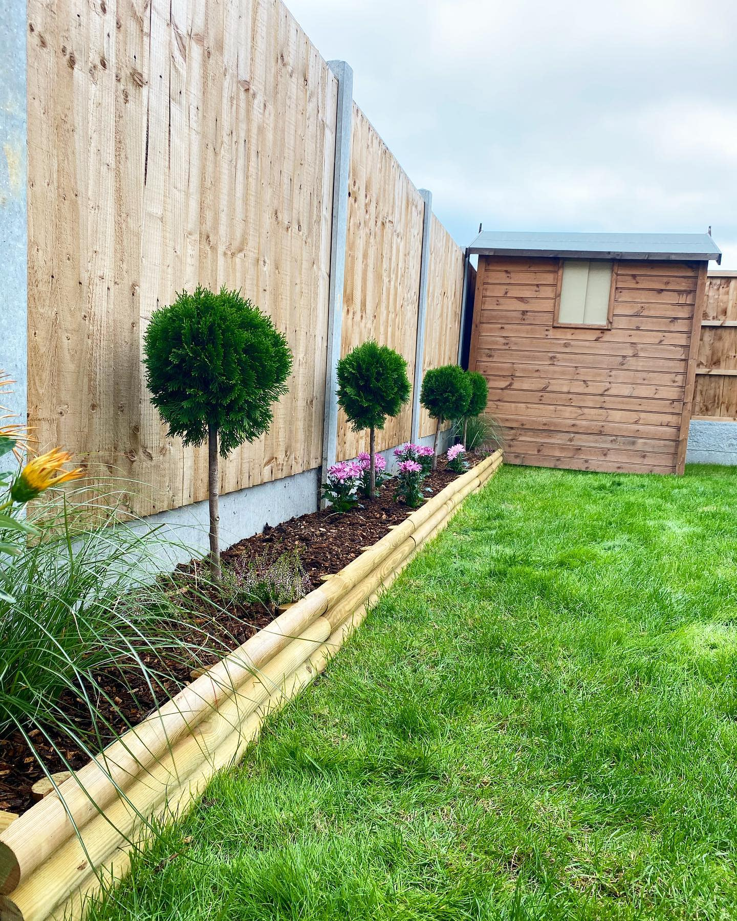 DIY Low Maintenance Landscaping Ideas -bexx_home