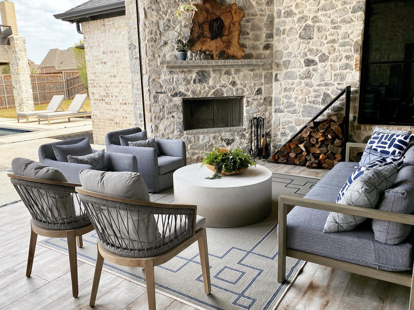 Outdoor Living Room Ideas -sallylynnhome