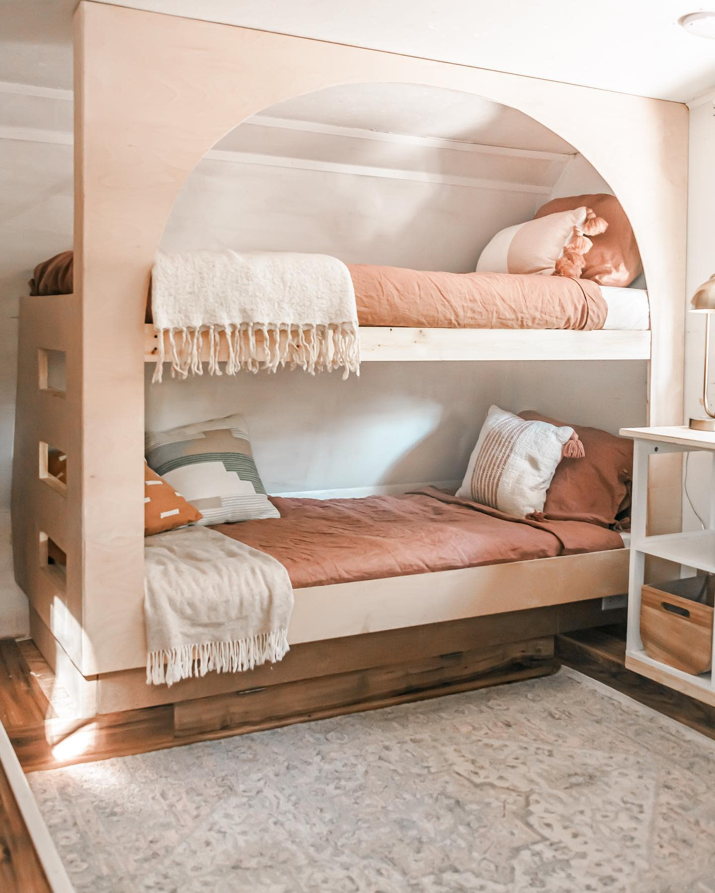 Bedroom RV Decorating Ideas -thelincolntribe