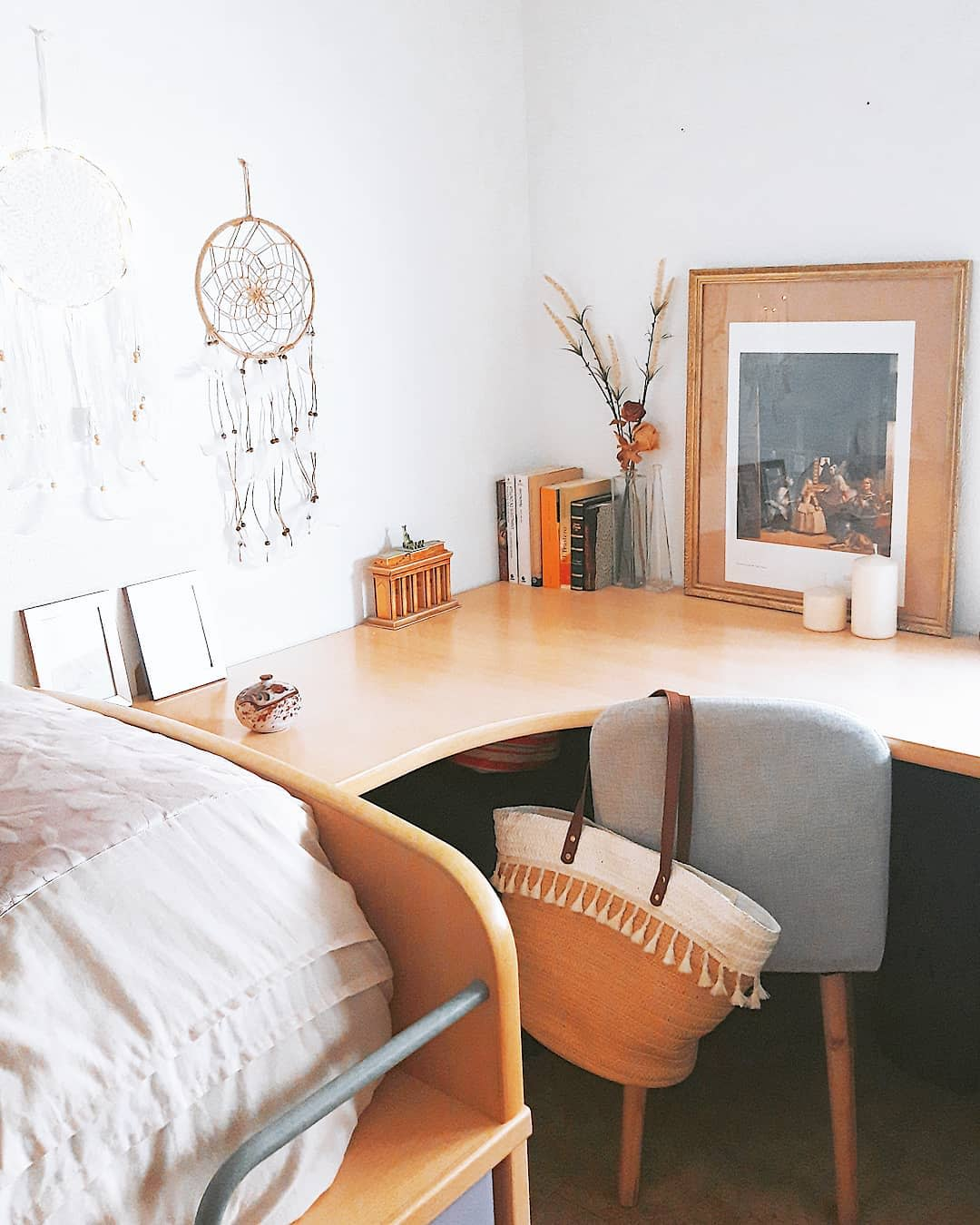 Corner Bedroom Office Space Ideas -anabelsweethome