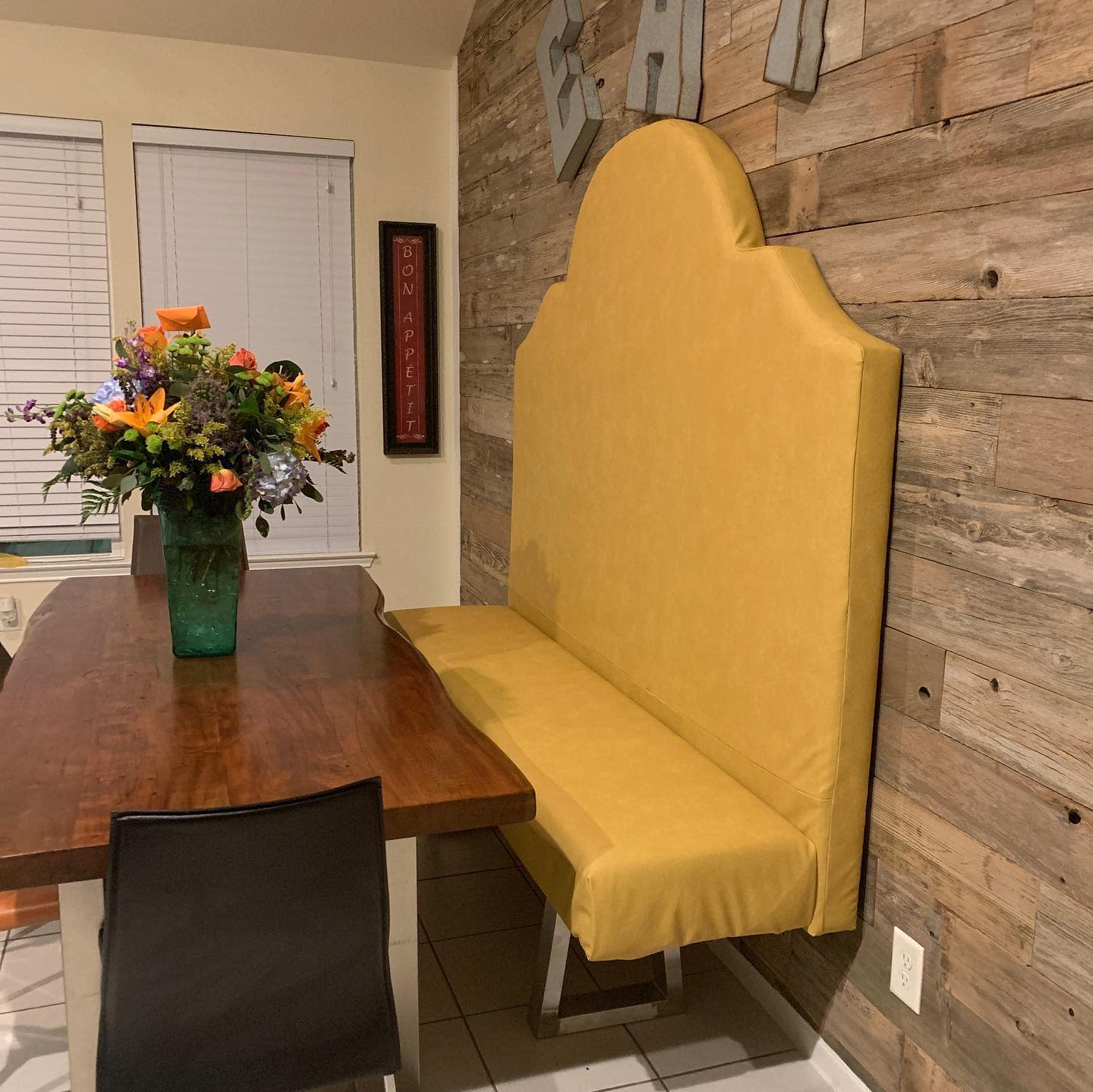 Accent Dining Room Wall Decor Ideas -leks.ent