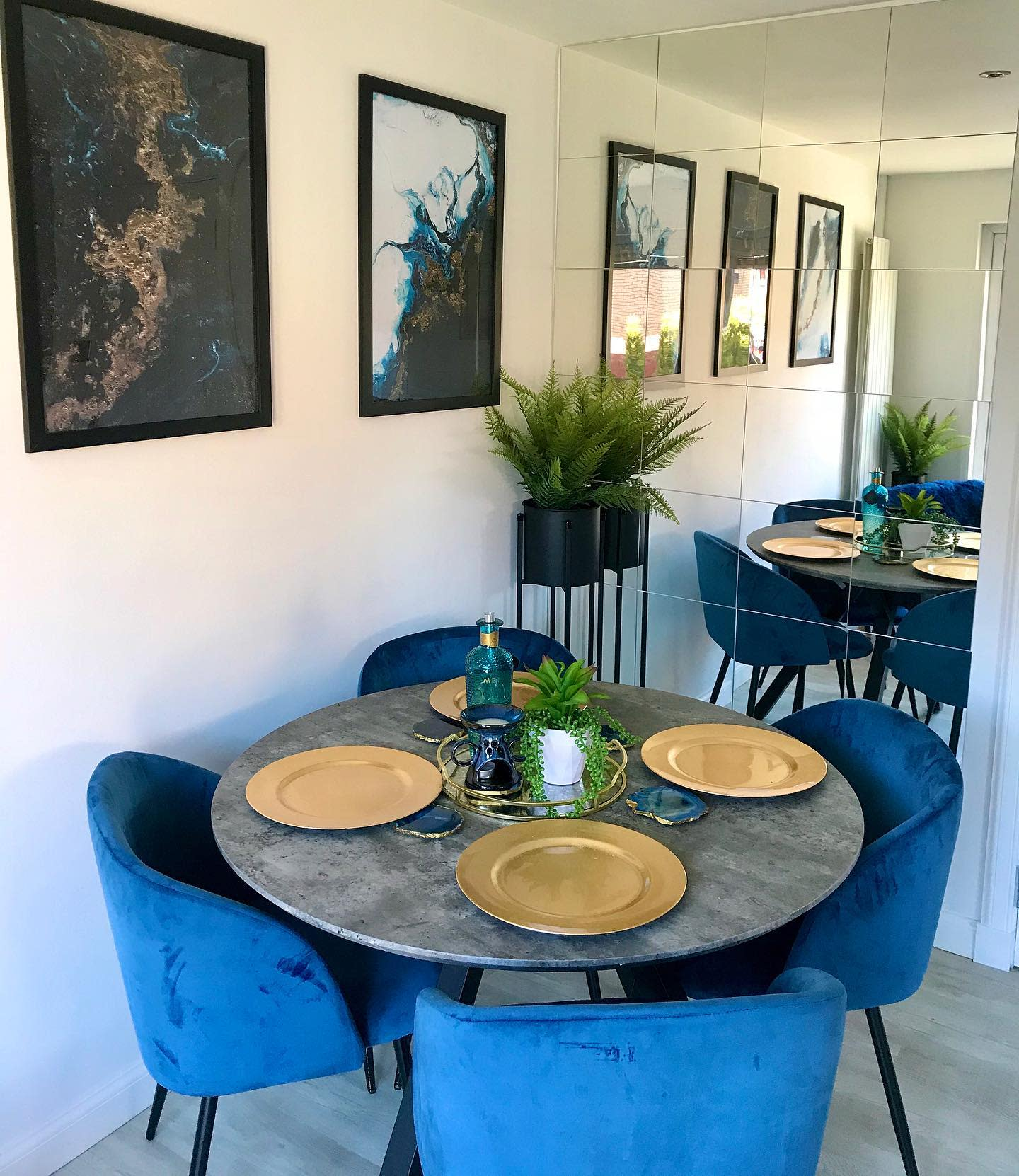 Mirror Dining Room Wall Decor Ideas -our_wedge_home