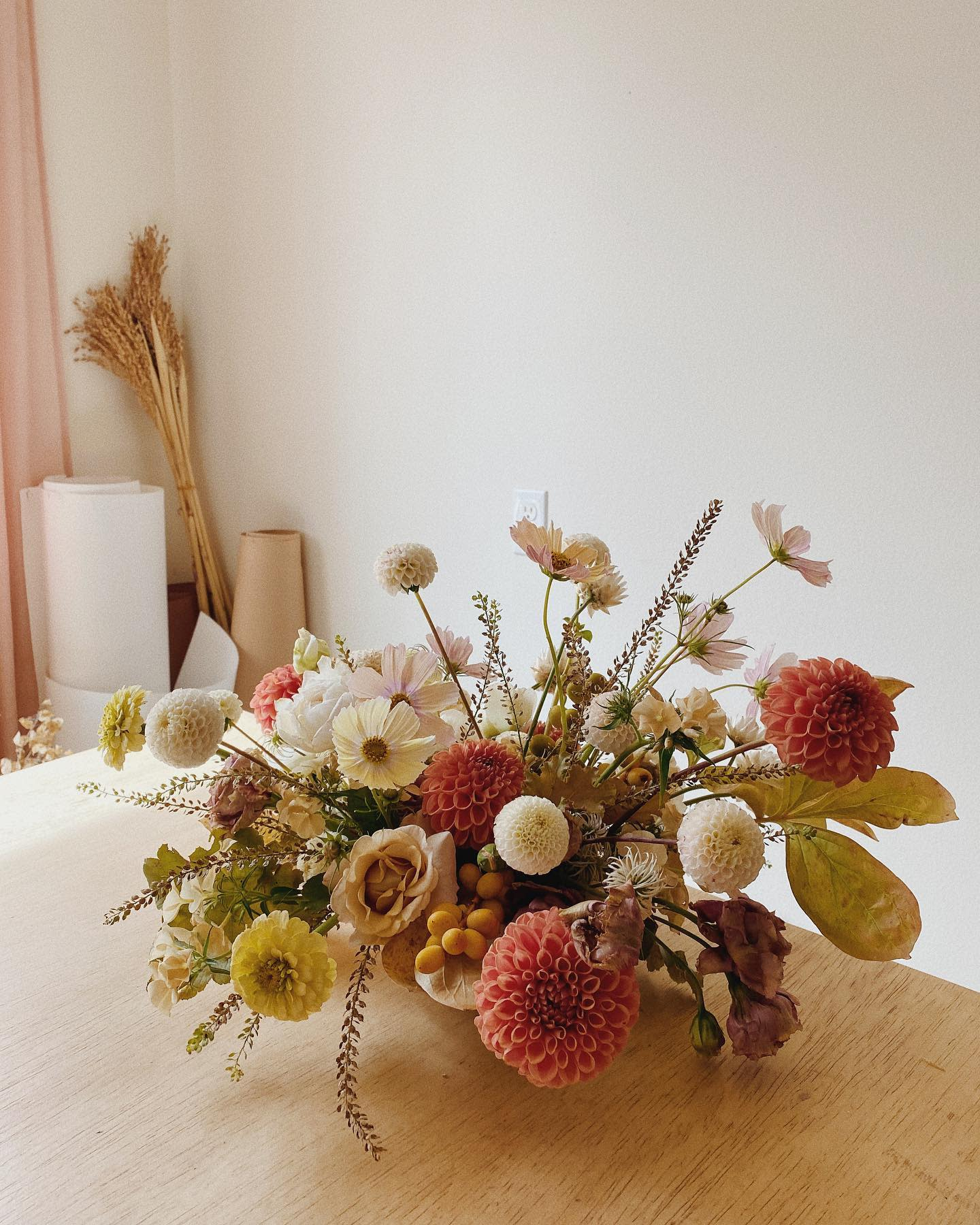 Flowers Dining Table Centerpiece Ideas -fortheloveoffloral
