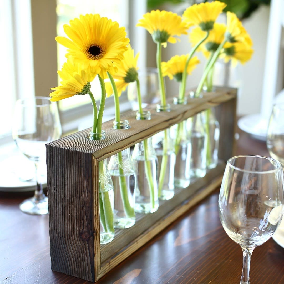 Flowers Dining Table Centerpiece Ideas -thediyplan