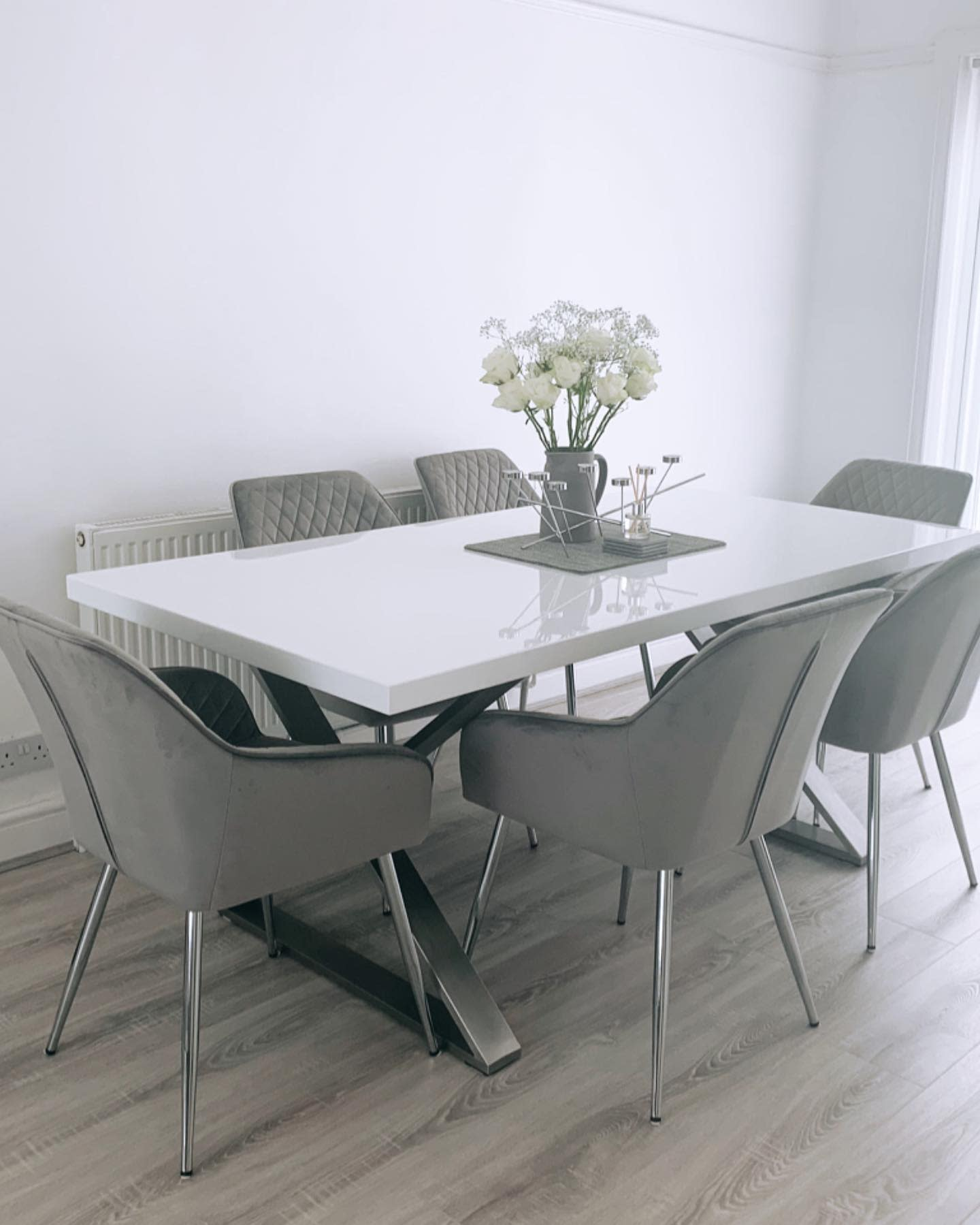 Modern Dining Table Centerpiece Ideas -ourliverpoolhome.xo