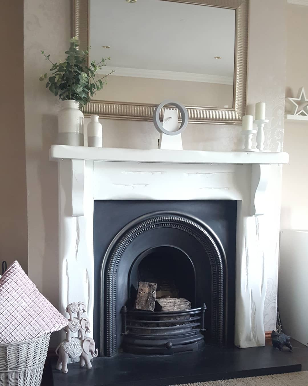 Cottage Fireplace Decor Ideas -mylittlehomeandfamily